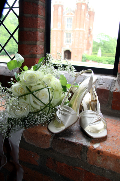 chelmsford wedding photographer: Leez Priory